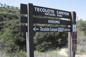 tecolote-canyon-sign