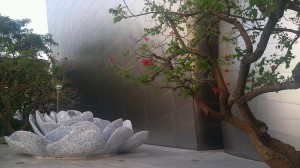 Disney Hall Garden big rose fountain for Lilly Disney alt